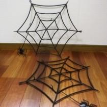 クモの巣小物掛け